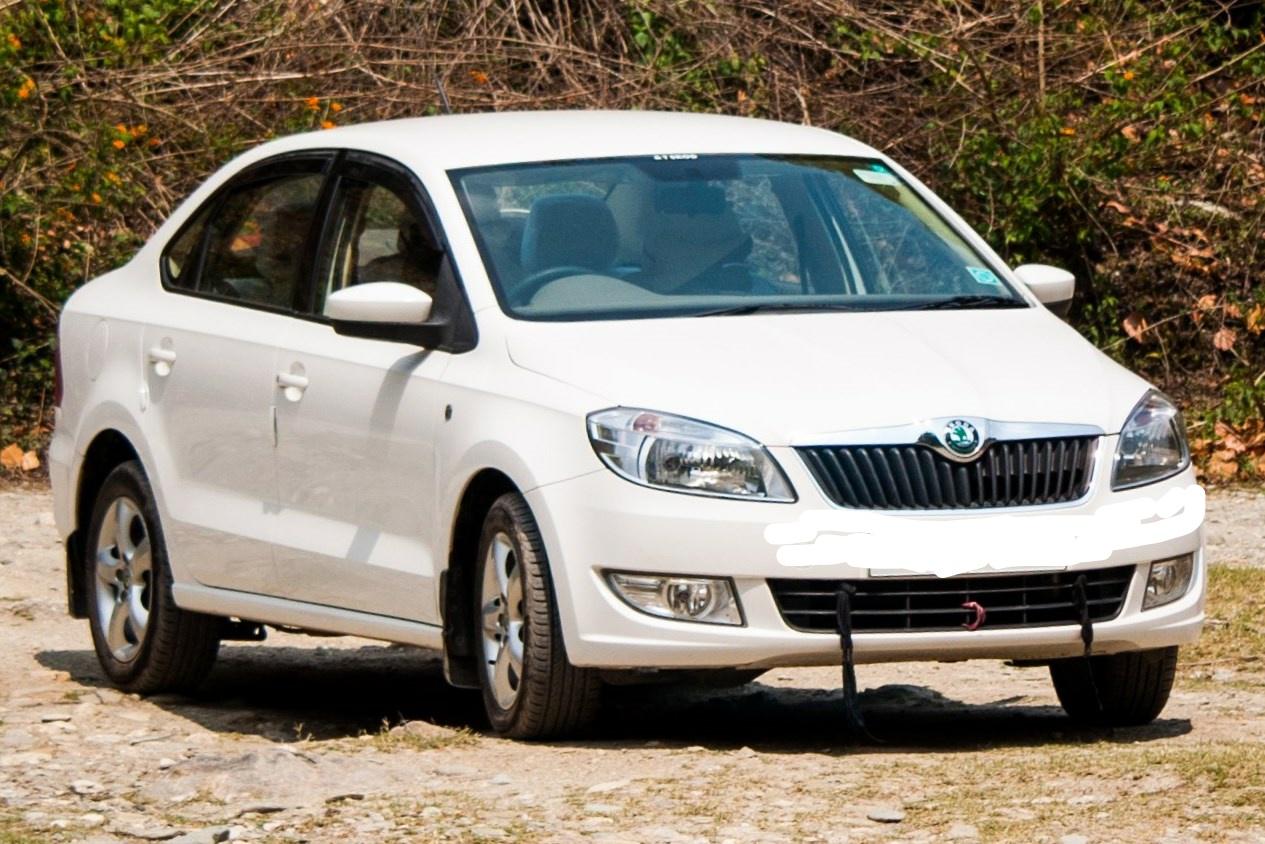 Rent a car in Pokhara